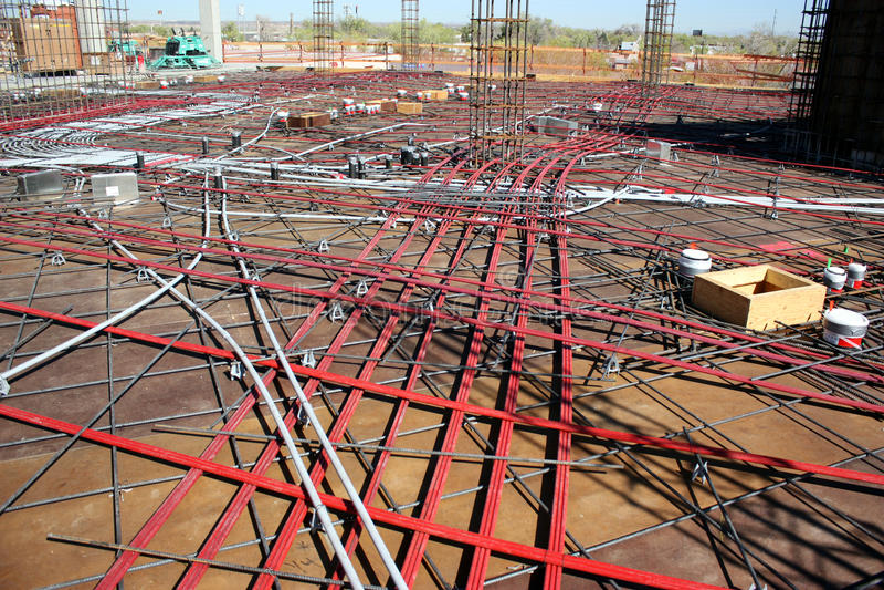 Beitrag-Spannungs-Kabel stockfotografie