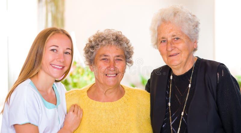 Bejaarde huiszorg stock fotografie