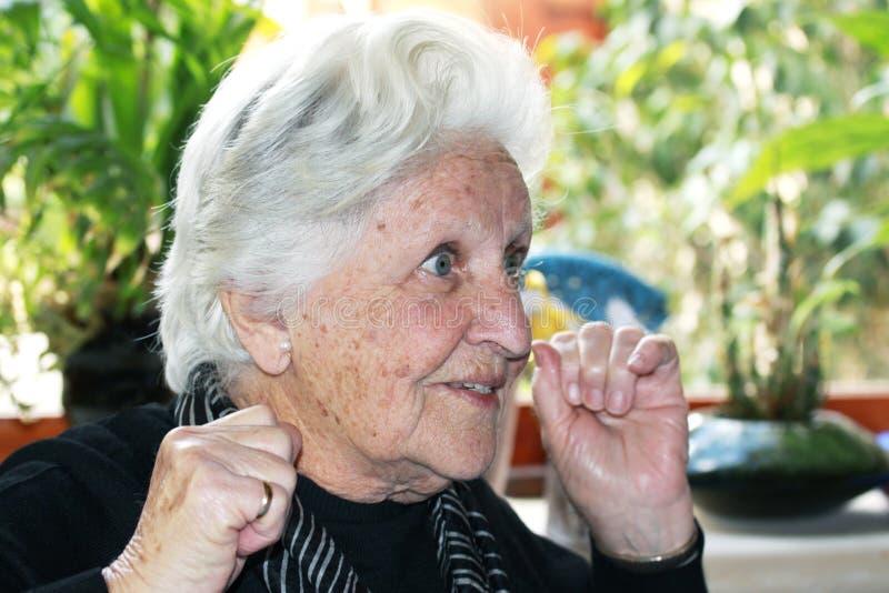 Bejaarden met grote uitdrukking royalty-vrije stock afbeelding