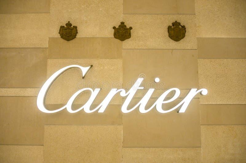 Bejing Κίνα 23 02 2019 λογότυπο καταστημάτων Cartier στο εμπορικό κέντρο πολυτέλειας στην καρδιά της πόλης στοκ φωτογραφίες