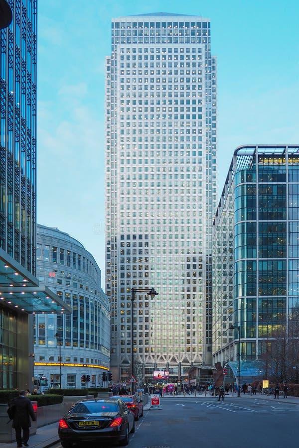 Bekijk het bedrijfsdistrict van Canary Wharf in de winter royalty-vrije stock afbeelding