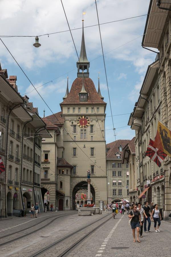 Bekijk Zytglogge is een oriëntatiepunt middeleeuwse toren in historisch centrum van Bern royalty-vrije stock afbeelding