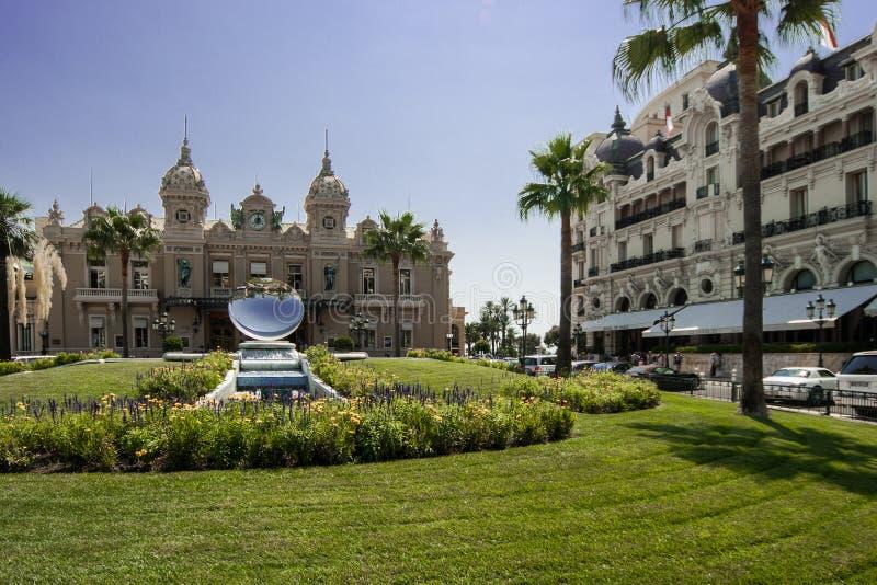Kasino och Hotell de Paris i Monte - carlo royaltyfria bilder