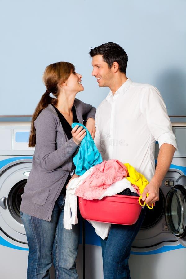 beklär tvätteritvätt arkivbild