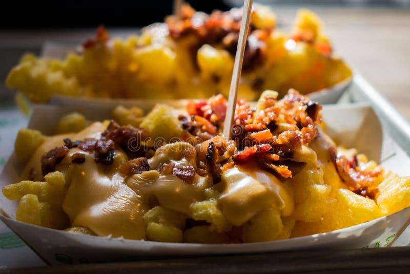 Bekonowi serów dłoniaki dla lunchu, yummy! fotografia stock