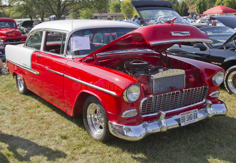 Bel Air 1955 de Chevy rouge et blanc photographie stock