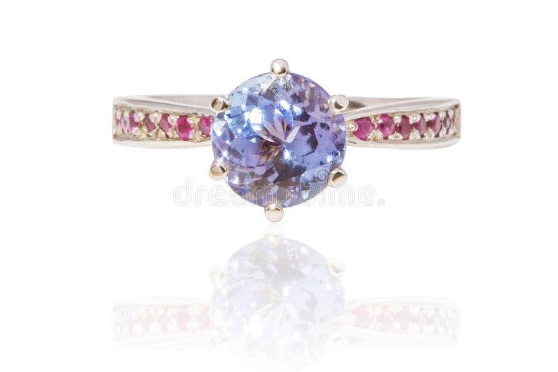Bel anneau de luxe de Saphir-rubis photos libres de droits