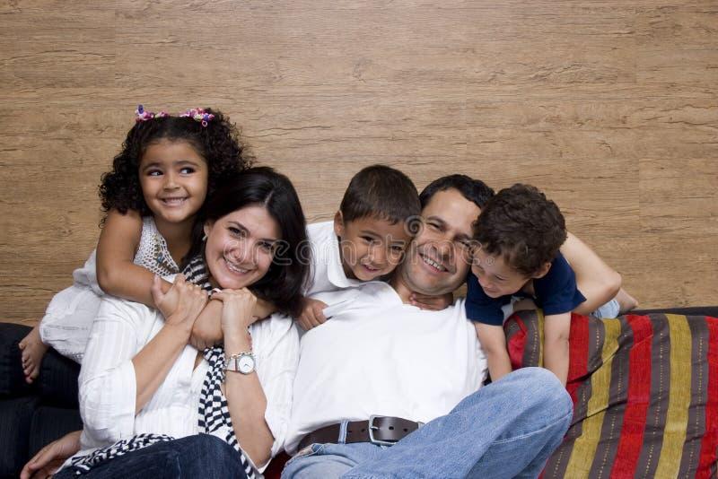 Bel apprécier de famille images stock