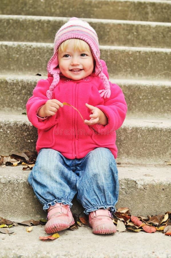 Bel enfant en bas âge photos libres de droits