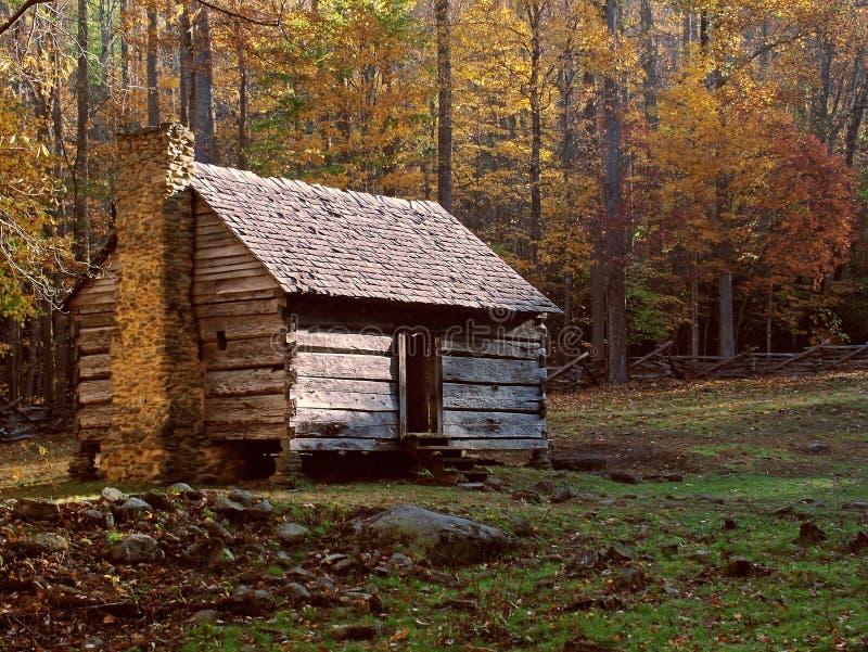 Download Bela kabiny obraz stock. Obraz złożonej z farma, drzewa - 49897
