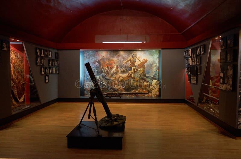 belarus Der Haupteingang zum Krieg-Denkmal Ausstellung des Museums der Verteidigung des Brest-Festung-Helden Waffen des zweiten W stockfotografie