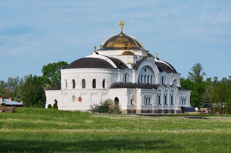 belarus Forteresse de Brest L'entrée principale au mémorial de guerre St Nicholas Cathedral dans la forteresse de Brest 23 mai 20 images libres de droits