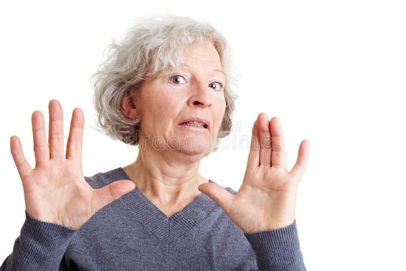 Beleidigte ältere Frauen-Zurückweisung lizenzfreie stockfotografie