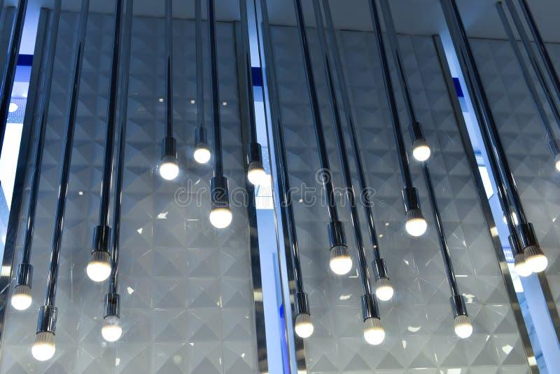Beleuchten des Shopfensters lizenzfreies stockbild