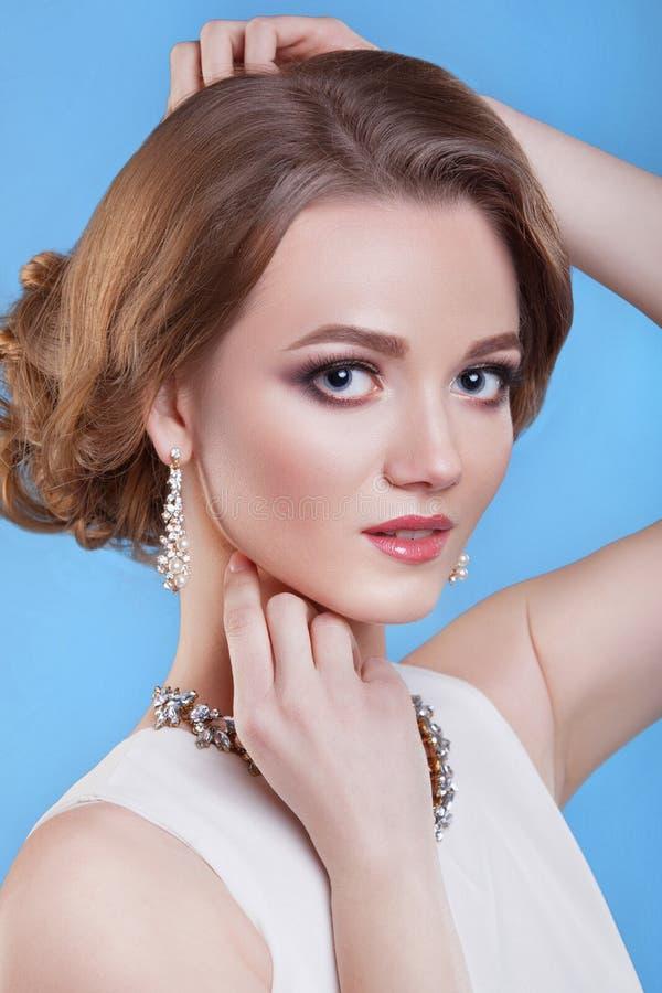 A beleza da menina Mulher bonita com composição profissional fotografia de stock
