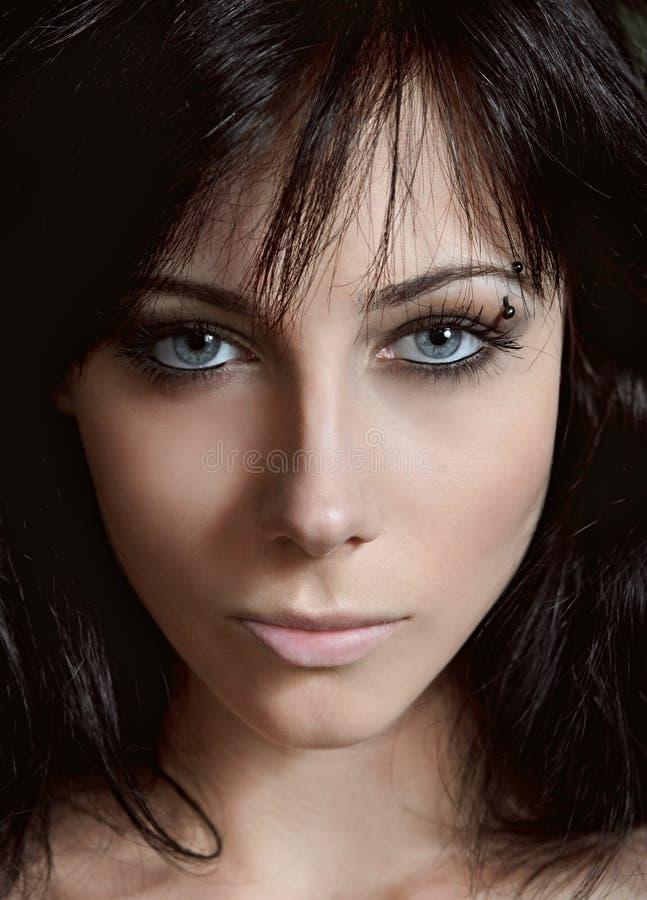 Beleza disparada: retrato do close up da rapariga bonita fotografia de stock royalty free