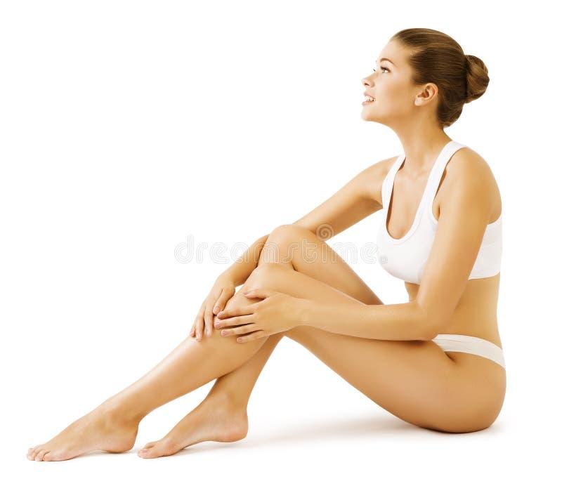 Beleza do corpo da mulher, Girl Sitting modelo no roupa interior branco foto de stock royalty free