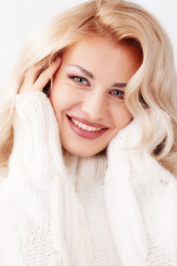 Download Beleza do inverno foto de stock. Imagem de humano, brilhante - 16868766