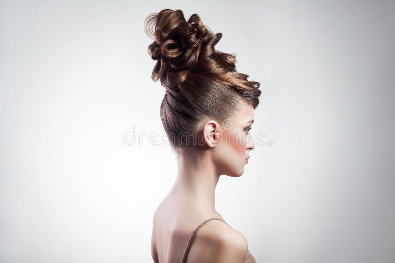 Beleza e penteado fêmeas da composição foto de stock