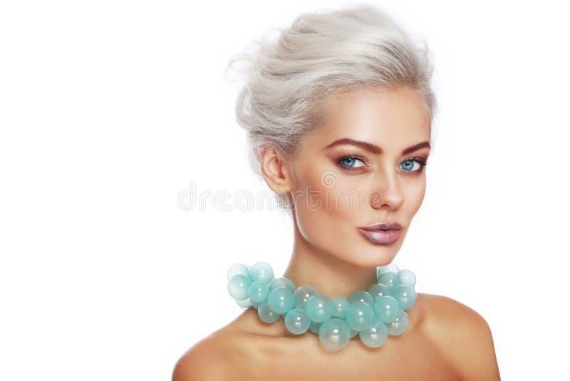 Beleza na colar verde fotografia de stock