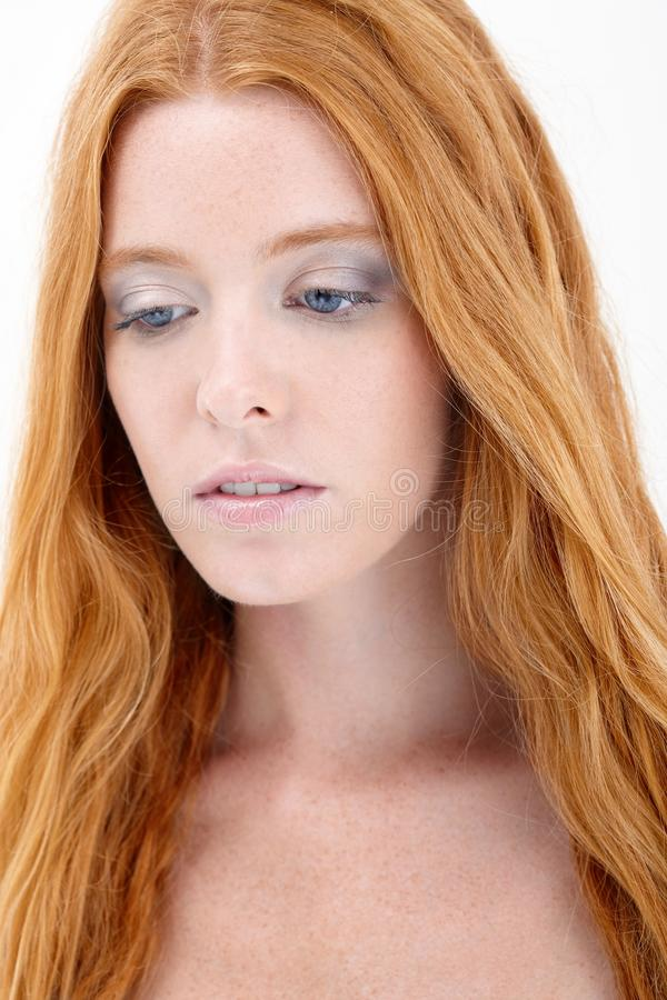 Beleza natural do redhead imagem de stock