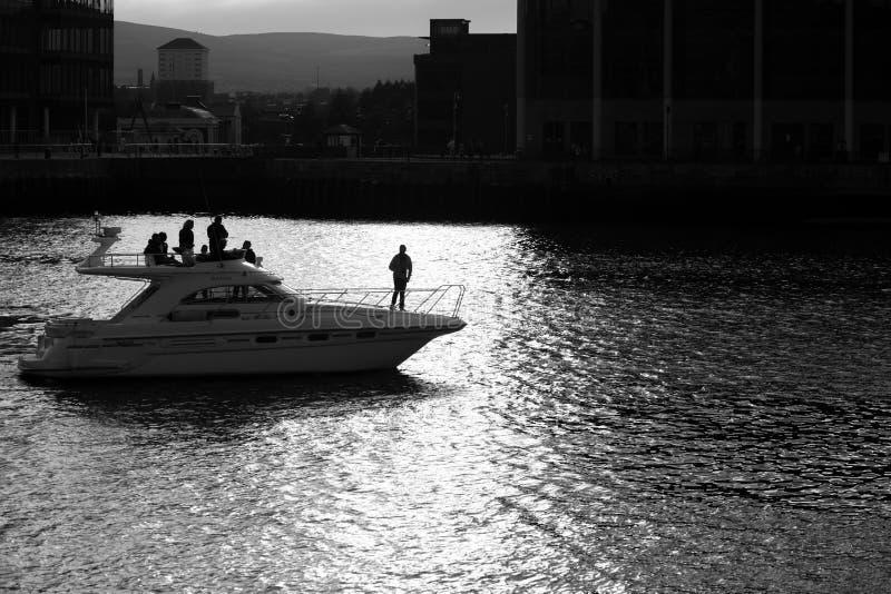Belfast dokt zwart-wit stock foto