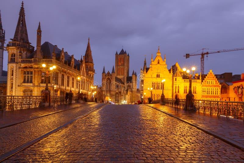 belgië Mijnheer bij nacht stock foto