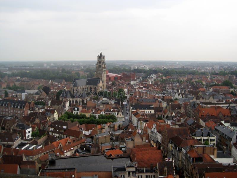 Belgien bruges Sikt av staden från ett flyg för fågel` s arkivbilder
