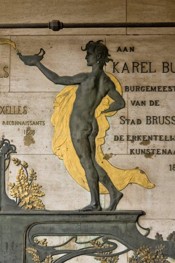 Belgien Bryssel Art Nouveau platta som firar minnet av Charles Buls fotografering för bildbyråer