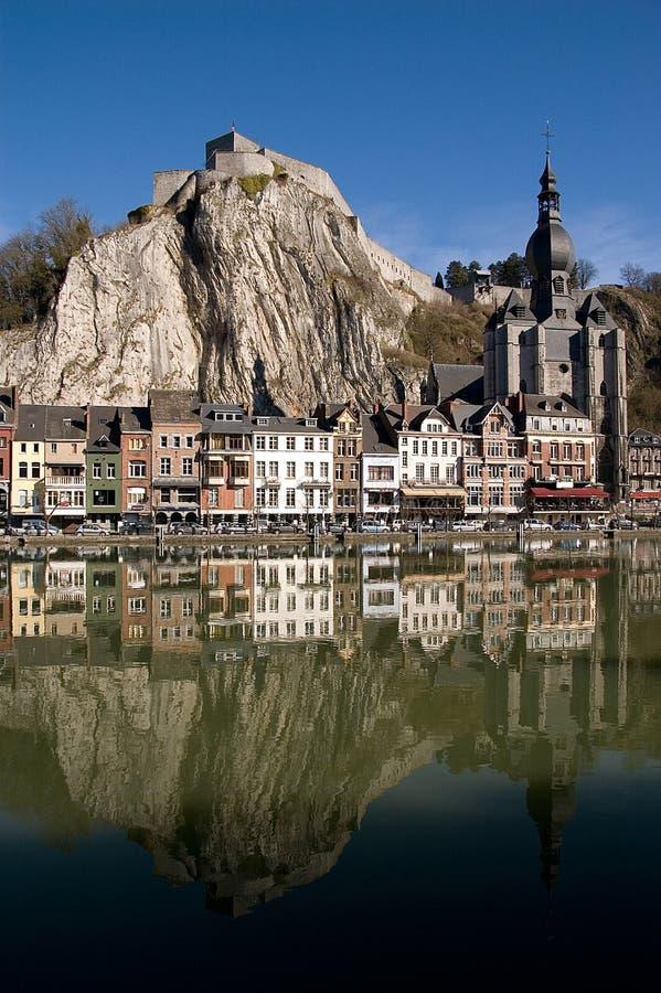 Belgien dinant by royaltyfri fotografi