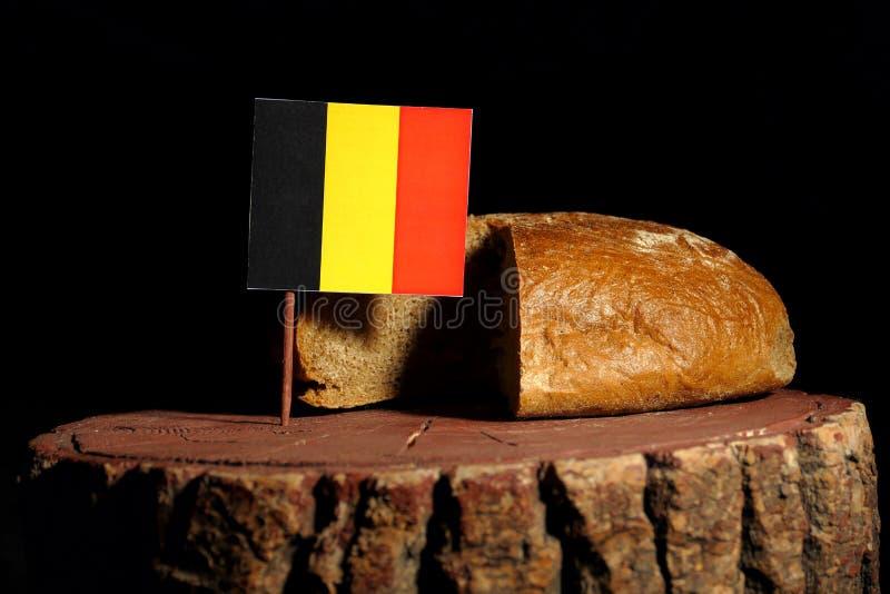 Download Belgische Flagge Auf Einem Stumpf Mit Brot Stockbild - Bild von mahlzeit, markierungsfahne: 96934133