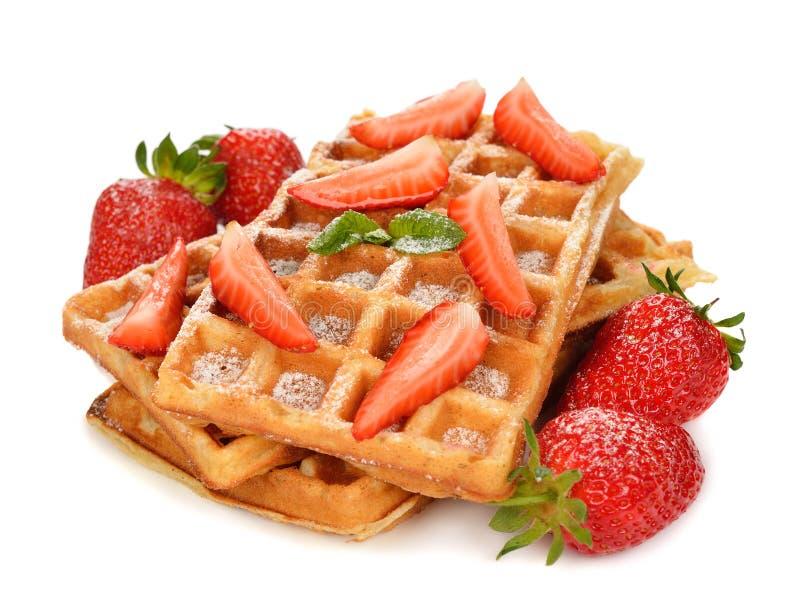 Belgische wafels met aardbeien stock fotografie