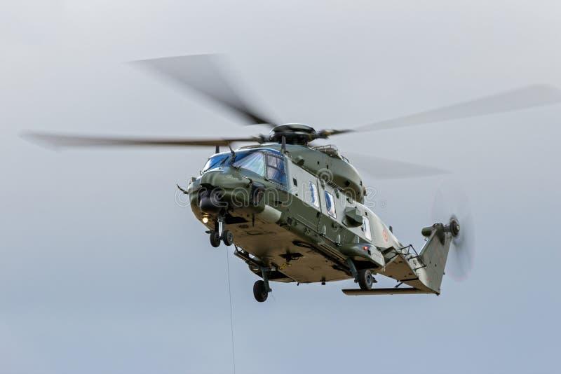 Belgisk helikopter för armé NH-90 royaltyfria bilder