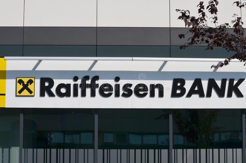BELGRAD, SERBIEN - 9. JUNI 2019: Raiffeisen-Banklogo lizenzfreie stockbilder