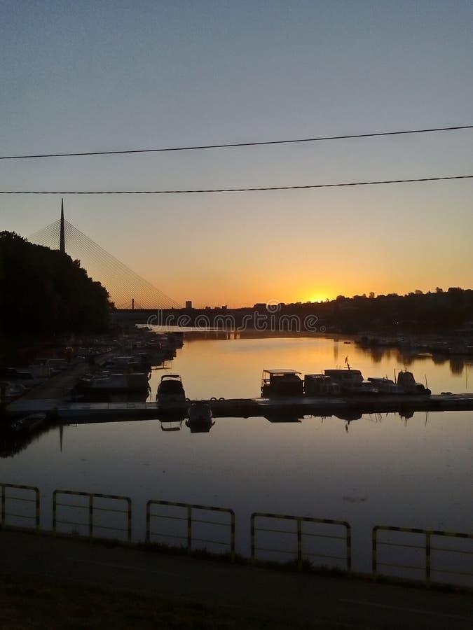 Belgrad-Sonnenuntergang Ada See lizenzfreies stockfoto