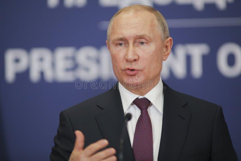 Belgrade Serbien - Januari 17, 2019: Vladimir Putin presidenten av rysk federation i presskonferens på slotten av Ser royaltyfri bild