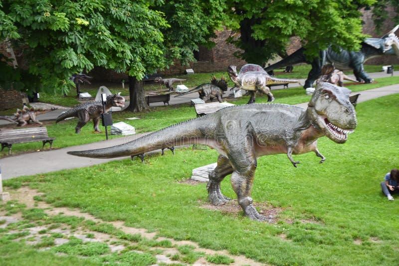 Belgrado/Servië-06 05 2019: Kalemegdan/Dino Park Jura Avantura stock afbeeldingen
