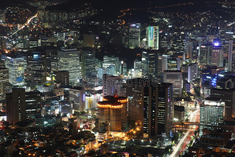 Belichtete Seoul-Stadt lizenzfreies stockbild
