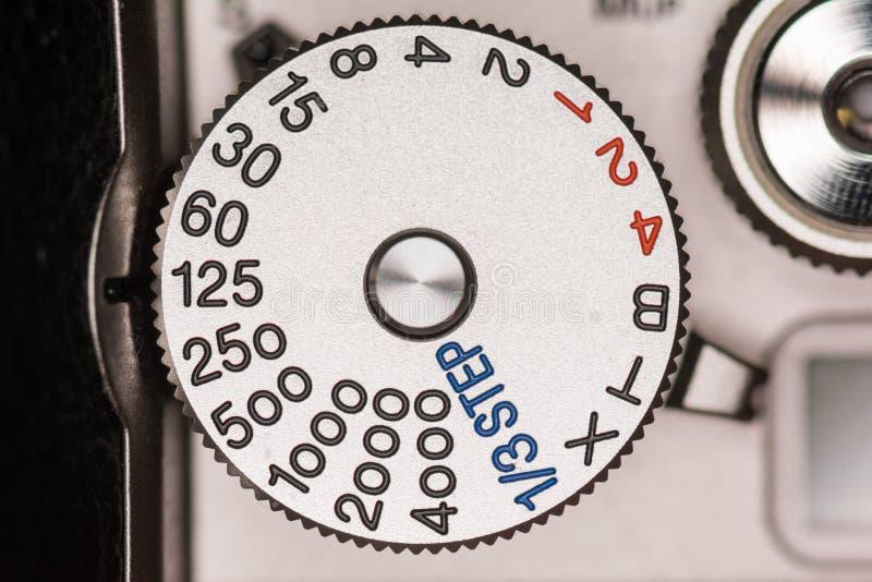 Belichtungszeitskala auf einer Kamera stockfotos