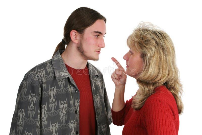 beligerant έφηβος προσώπων mom στοκ φωτογραφία
