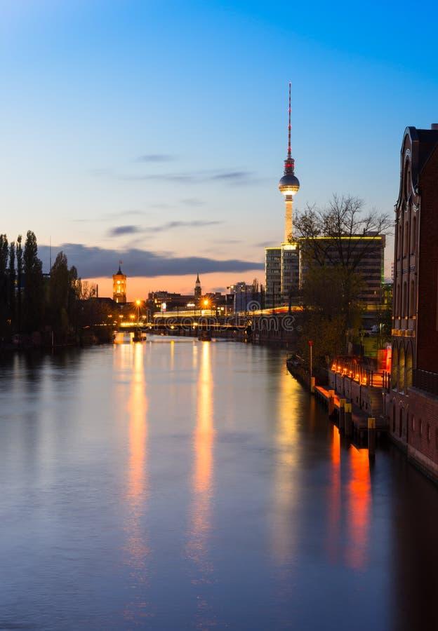 Belin,河狂欢在晚上 免版税库存图片