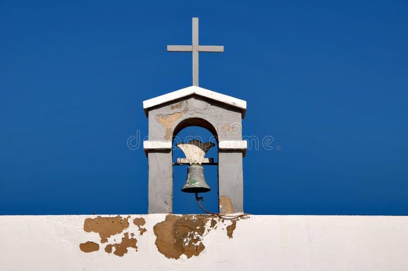 Bell auf die Oberseite einer Kirche lizenzfreie stockfotografie