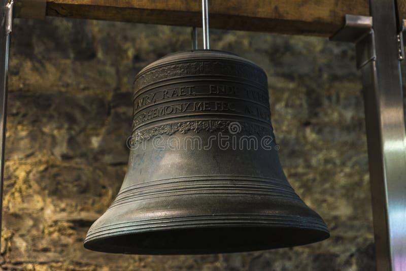 Bell del carillón del campanario en Gante, Bélgica fotos de archivo