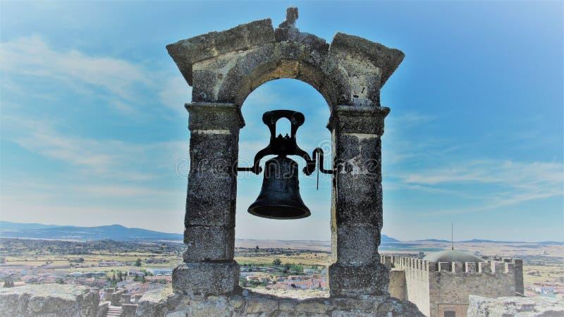 Bell im Himmel lizenzfreies stockfoto