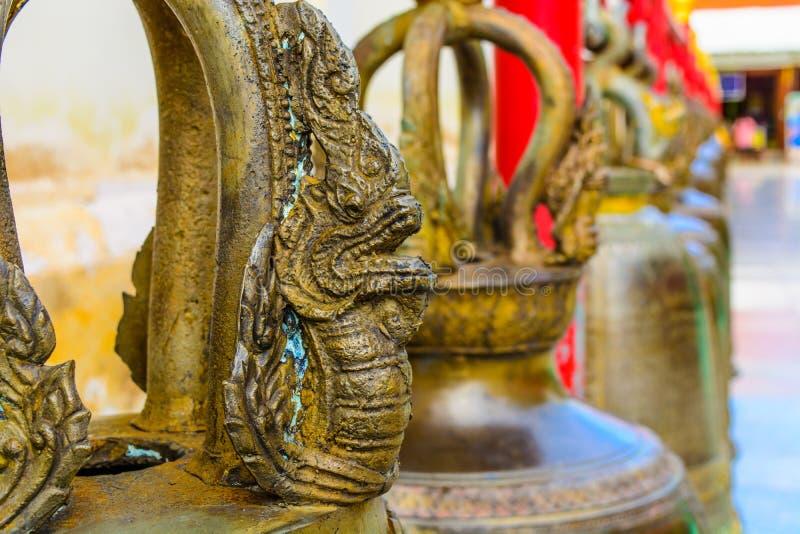 Bell in tempiale buddista fotografia stock libera da diritti