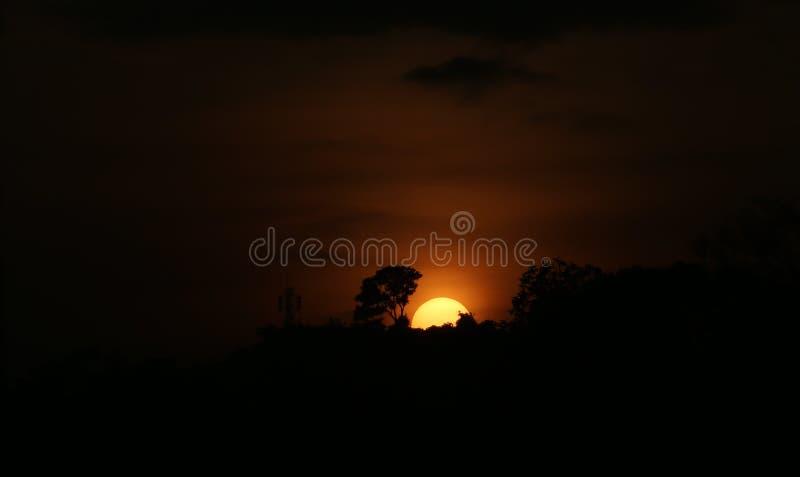 Bella alba a Cimenyan fotografie stock libere da diritti