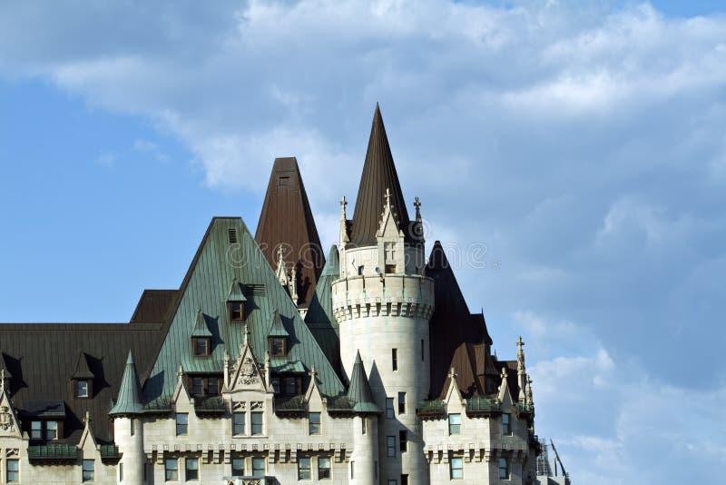 Bella architettura di fianco del Parlamento Hil fotografie stock