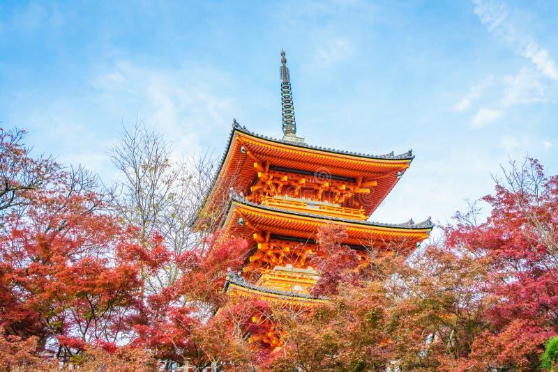 Bella architettura in tempio Kyoto, Giappone di Kiyomizu-dera fotografie stock libere da diritti