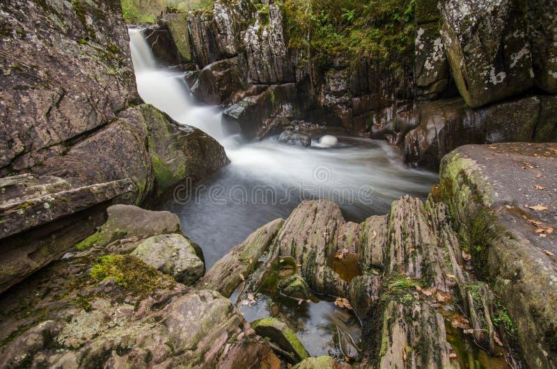 Bella cascata di Braklynn in Scozia immagini stock