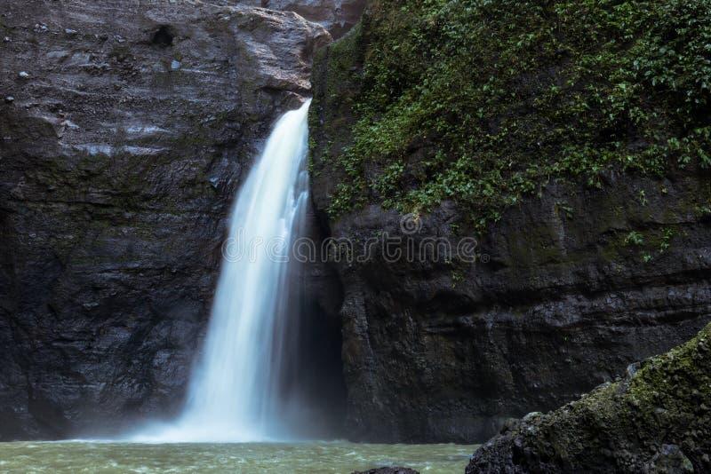 Bella cascata di Pagsanjan immagini stock libere da diritti